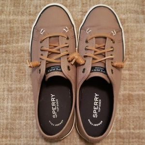 Sperry topsiders with memory foam